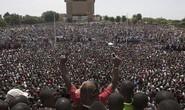 Burkina Faso: Tổng thống từ chức, tướng lĩnh giành quyền