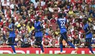 Arsenal mất cúp Emirates vì Falcao