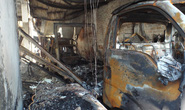 Hai xe tải phát hỏa, xưởng kem cháy ra tro