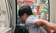 Khởi tố con nghiện đánh bà nội và 2 cháu hôn mê