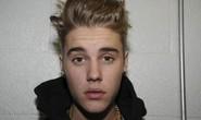 Justin Bieber bị quản chế vì ném trứng nhà hàng xóm