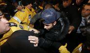 Justin Bieber lại hầu tòa vì tình nghi đánh người