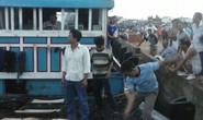 Thêm 2 tàu cá của ngư dân bị Trung Quốc rượt đuổi, đập phá