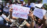 Đảng cầm quyền Thái Lan chờ ông Thaksin lên tiếng