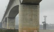 Phó Thủ tướng yêu cầu làm rõ vụ nứt trụ cầu Vĩnh Tuy