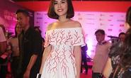 Vân Trang vai trần gợi cảm trên thảm đỏ LHP VN