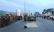 Hai chị em bị xe container cán chết trên xa lộ Hà Nội
