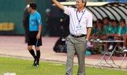 """HLV Lê Thụy Hải chia tay bóng đá: """"Hạ cánh"""" rồi, vẫn ồn ào"""