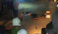 Nữ sinh kẹp 3 tông xe máy vào cổng nhà dân tử vong cả 3