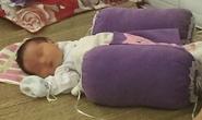 """Bé sơ sinh bị bỏ rơi trong đêm kèm bức thư """"nhờ nuôi hộ"""""""