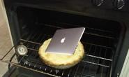 Sửa MacBook bằng… lò nướng
