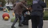 Khủng bố kinh hoàng ở Pháp: Xác định nhiều nghi phạm