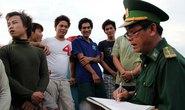 Cần kiện tập thể tàu Trung Quốc phá tàu cá Việt Nam