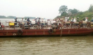 Phát hiện thi thể 2 nữ sinh mất tích nổi trên sông Hồng