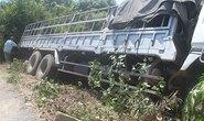 Xe tải tông liên hoàn, 3 người thương vong