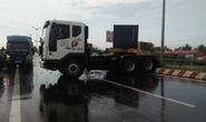 Đường dẫn cầu Cần Thơ ùn tắc vì xe đầu kéo gây tai nạn