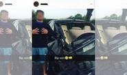 Vô cảm, thiếu niên chụp hình với xe gây tai nạn chết người