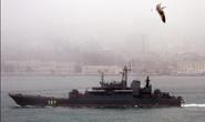 Nín thở xem tàu chiến Nga qua eo biển Thổ Nhĩ Kỳ