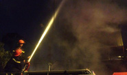 Cháy quán karaoke hàng chục người chạy thoát thân