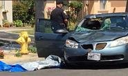 Ô tô đâm người đi bộ văng đứt chân, vẫn đội xác nạn nhân bỏ chạy