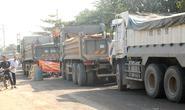 Đồng Nai: Dân bất lực nhìn xe quá tải phá nát đường