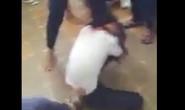"""Nữ sinh bị đánh vì dám """"chế"""" ảnh thần tượng!"""