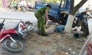 Bị xe tải tông, xe ba gác không người lái tông chết người
