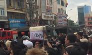 Ảnh độc, lạ người dân TP HCM chuẩn bị đón Tổng thống Obama