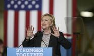 Vũ khí mới của bà Clinton khiến ông Trump câm nín