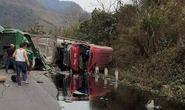Tông xe khách, xe bồn phát nổ, ít nhất 3 người chết