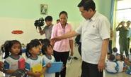 Đến trường mầm non, Bí thư Đinh La Thăng hát cùng các bé