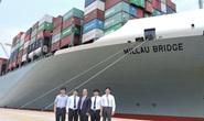 Việt Nam đón tàu siêu vận tải cập cảng Cái Mép