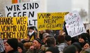 Bé gái gốc Nga bị cưỡng hiếp ở Đức thừa nhận bịa chuyện