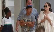 Sau tin đồn tự tử, Angelina Jolie mua sắm cùng Pax Thiên