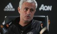Mourinho dè dặt cảnh báo trọng tài trước đại chiến Liverpool