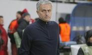 Mourinho chỉ trích fan Zorya không fair-play