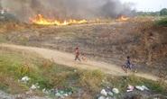 Cháy lớn dưới chân cầu Gò Dưa