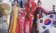 Á Hậu Nguyễn Thị Loan toả sáng với trang phục dân tộc