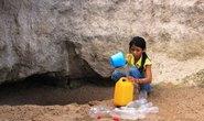 Khô hạn lòi ra công trình cấp nước dỏm