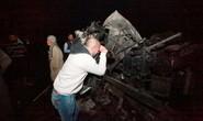 Đánh bom tự sát bằng xe tải, 100 người thiệt mạng