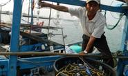 Bắn đạn bi, tàu Hải cảnh Trung Quốc áp sát nhiều giờ tàu cá Việt Nam