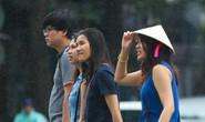 Dân Sài Gòn vui vẻ sống chung áp thấp