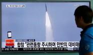 Triều Tiên phóng tên lửa đáp trả Mỹ - Hàn