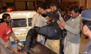 Bắt cóc con tin tại trường cảnh sát, hơn 150 người thương vong