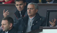 Mourinho bị cấm chỉ đạo 1 trận, phạt 58.000 bảng