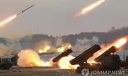 300 hệ thống phóng rocket Triều Tiên chĩa thẳng Hàn Quốc