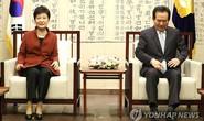 Tổng thống Hàn Quốc bất ngờ xuống nước giữa tâm bão