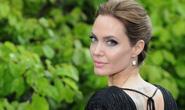 Angelina Jolie vất vả giúp các con đỡ nhớ nhà