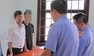 Một thư ký tòa án bị bắt vì sửa hồ sơ
