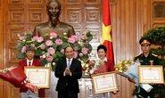 Hoàng Xuân Vinh từ chối danh hiệu Anh hùng lao động